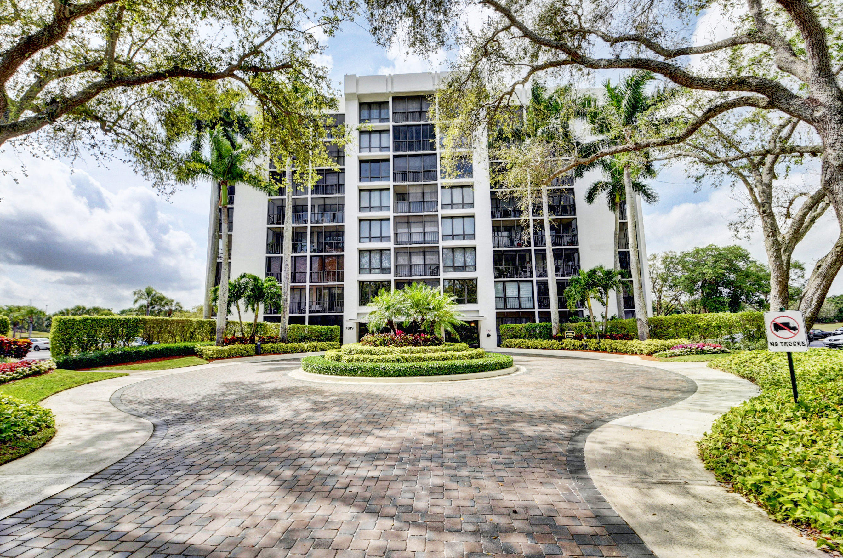 Photo of 7819 Lakeside Boulevard #874, Boca Raton, FL 33434