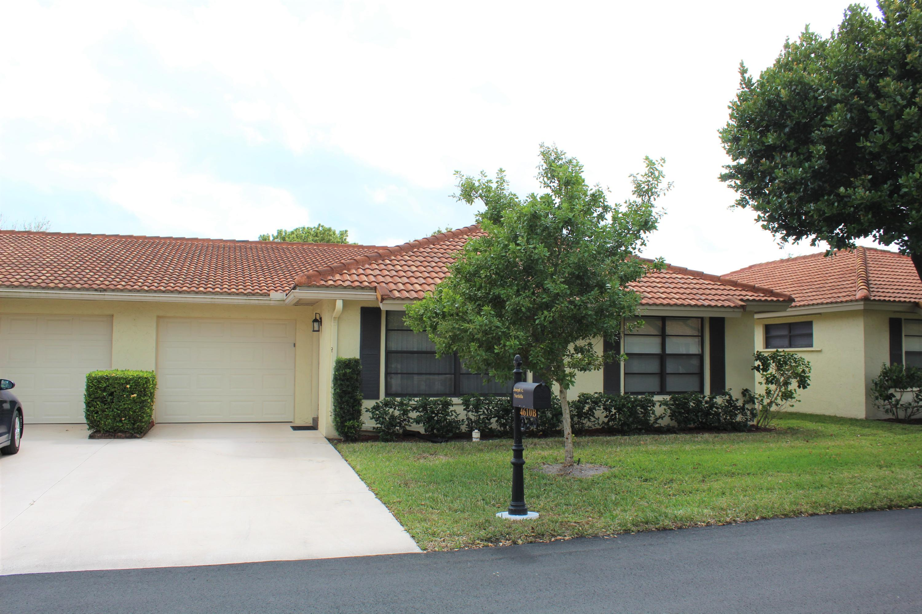 Home for sale in Bent Tree Villas West Boynton Beach Florida