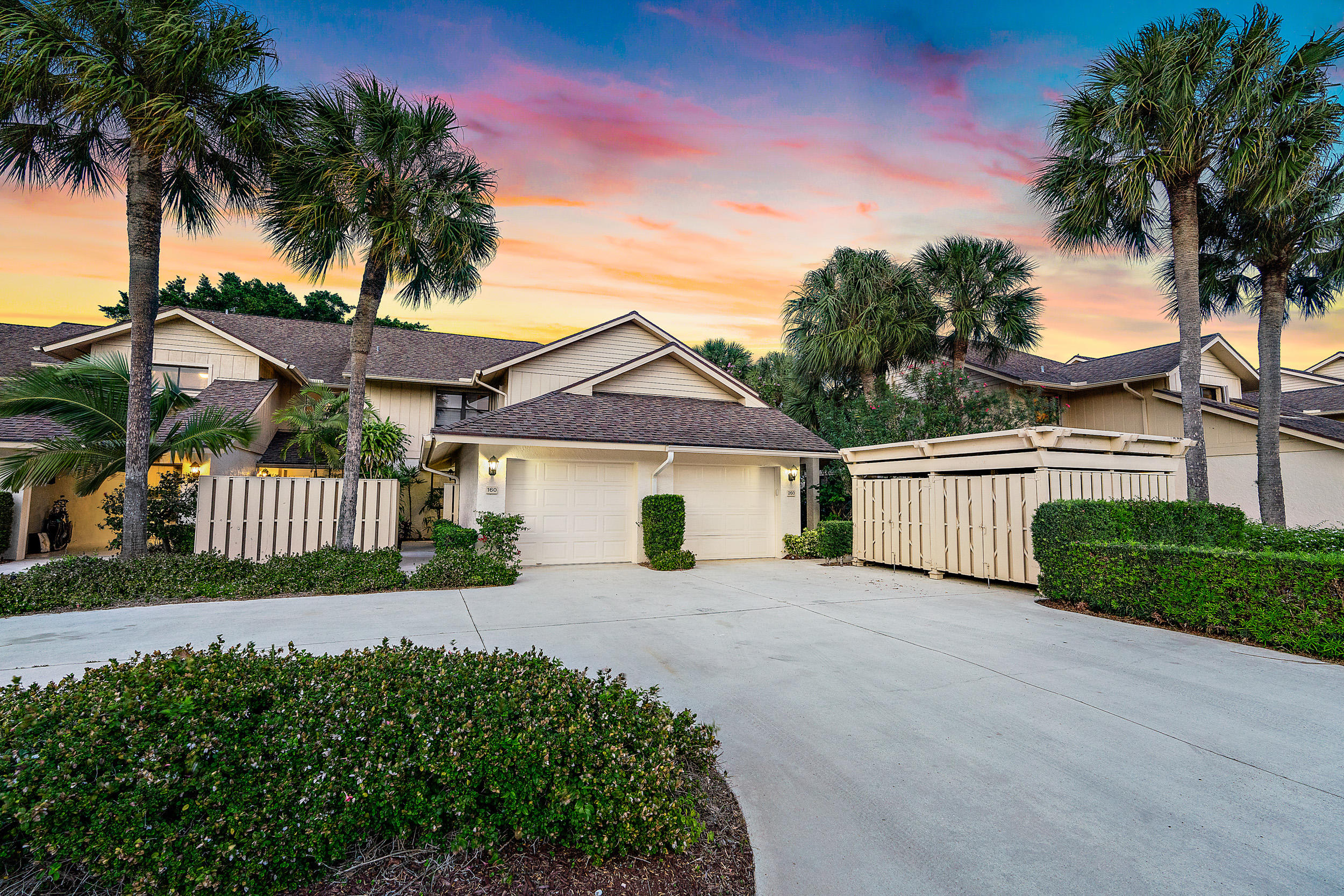 16942 Waterbend Drive 160, Jupiter, Florida 33477, 2 Bedrooms Bedrooms, ,2 BathroomsBathrooms,A,Townhouse,Waterbend,RX-10606545