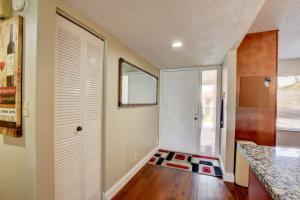 5533  Fairway Park Drive 201 For Sale 10606786, FL
