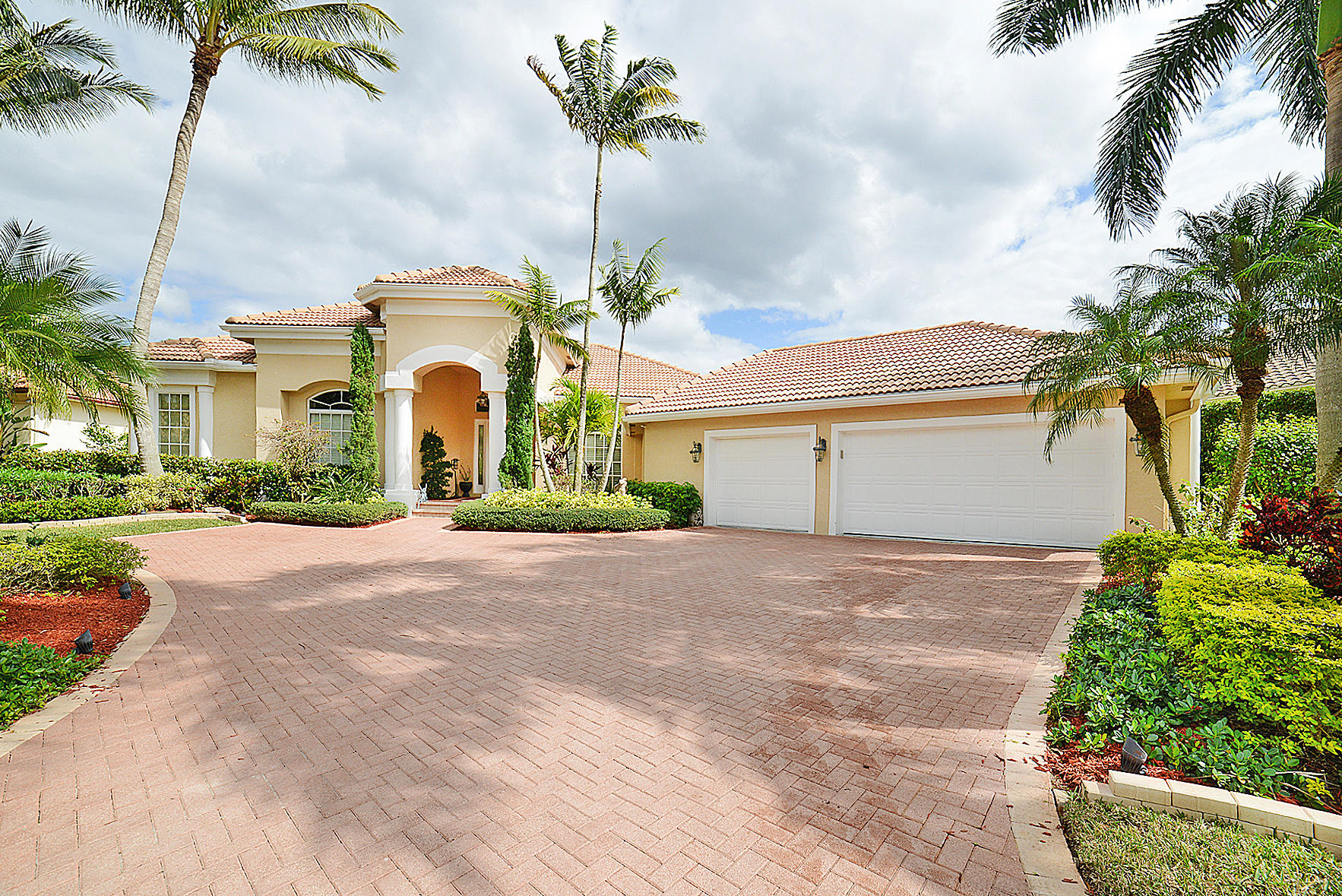 6082 Wildcat Run West Palm Beach, FL 33412