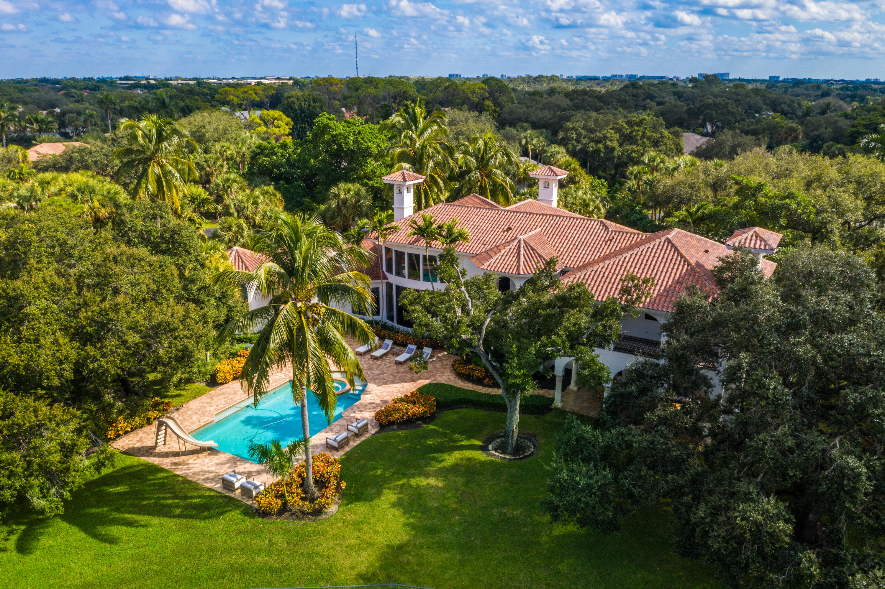 16193 Bridlewood Circle  Delray Beach, FL 33445