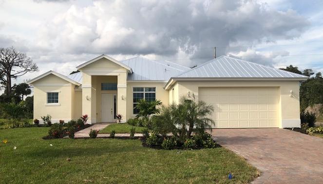 Photo of 317 11th Square SW, Vero Beach, FL 32962