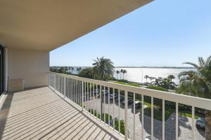 3250 S Ocean Boulevard 407 S For Sale 10607084, FL