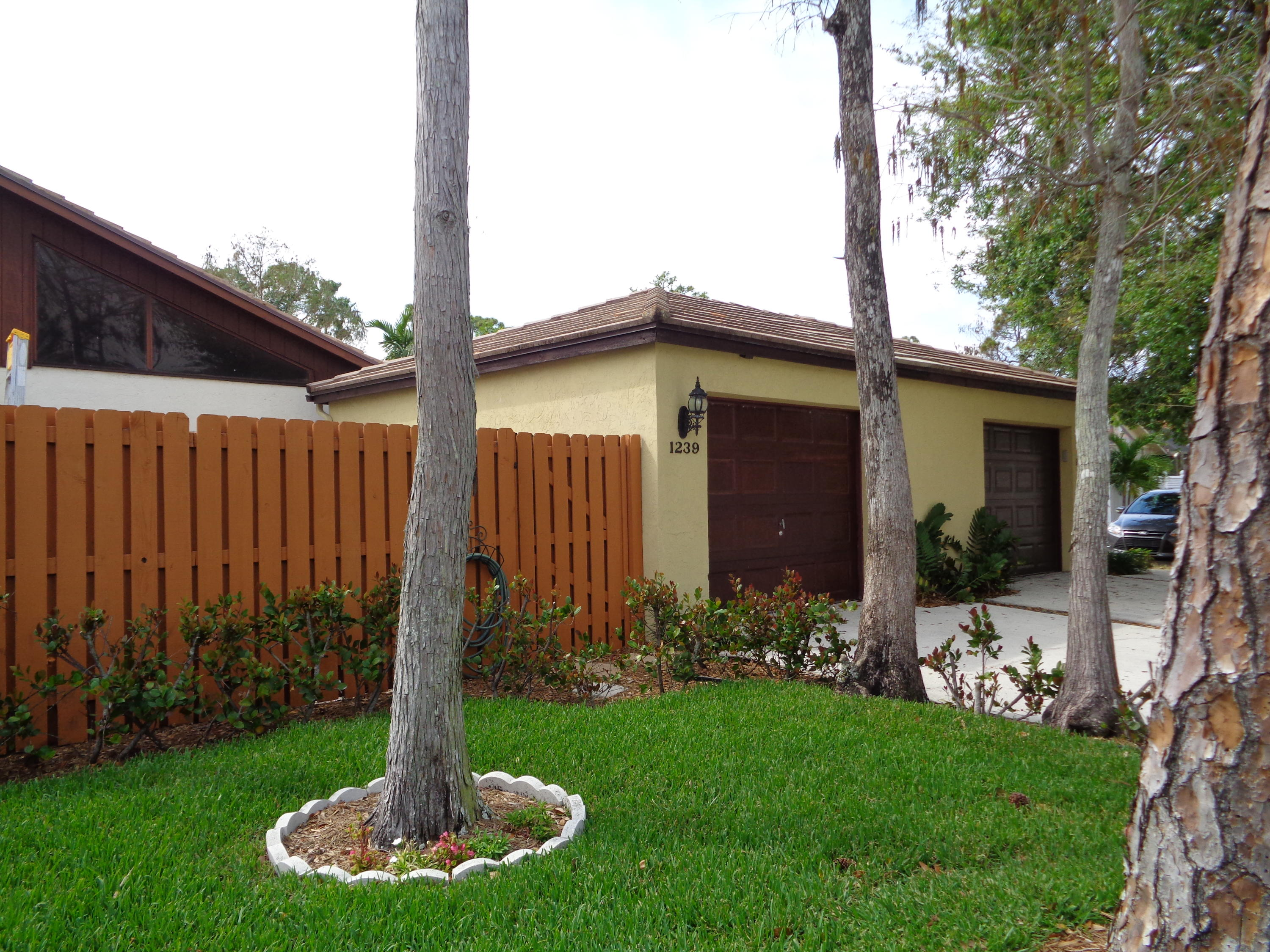 1239 Periwinkle Place  Wellington FL 33414