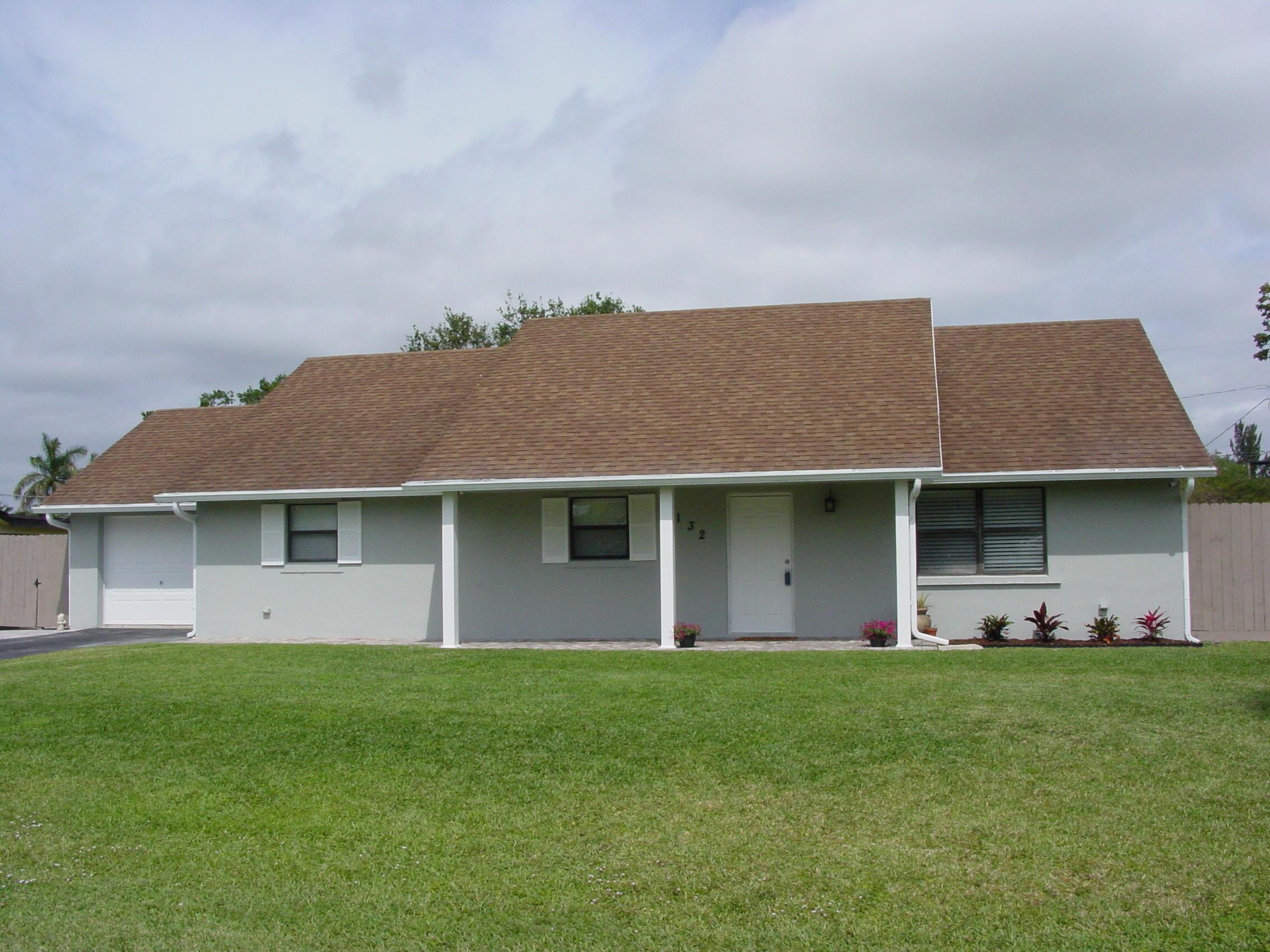 132 W Palmetto Road Lake Worth, FL 33467