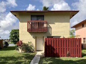 5208  Garden Hills Circle  For Sale 10607293, FL