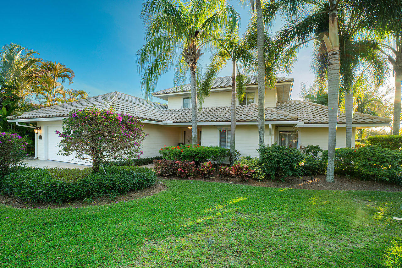 Home for sale in PGA RESORT COMMUNITY PLAT 2   LOT Palm Beach Gardens Florida