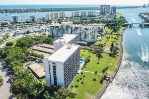 356  Golfview Road 101 For Sale 10607514, FL