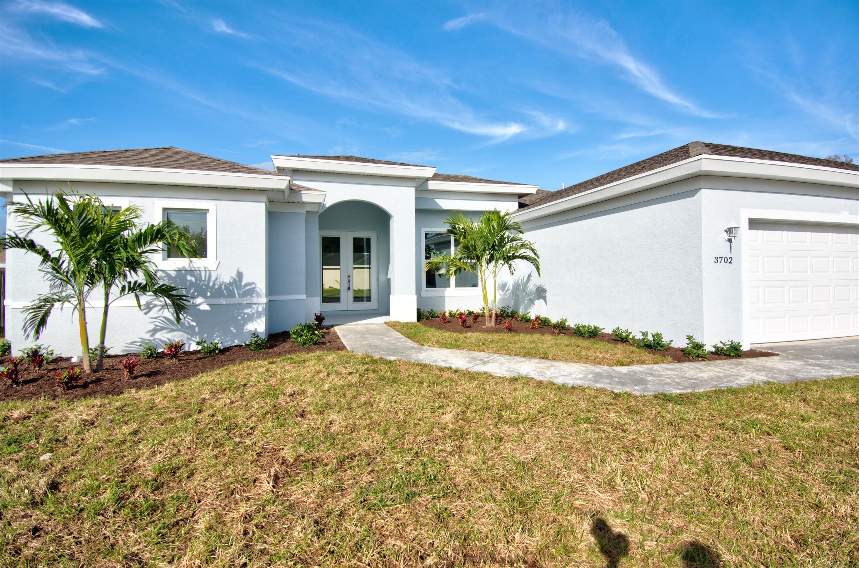 Photo of 1562 SW Gadsan Avenue, Port Saint Lucie, FL 34953