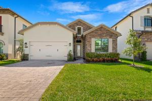 8523  Grand Prix Lane  For Sale 10608176, FL