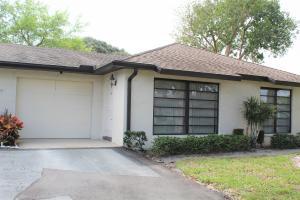 4675  Robinwood Circle B For Sale 10607902, FL