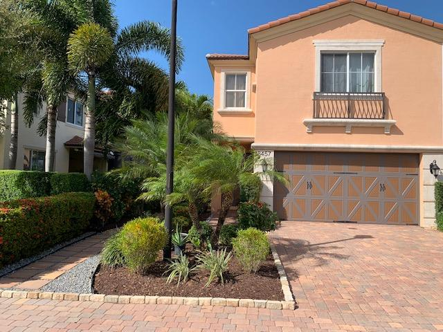 Home for sale in oakton preserve West Palm Beach Florida