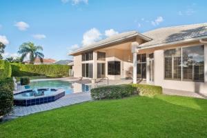 4864  Bocaire Boulevard  For Sale 10608020, FL