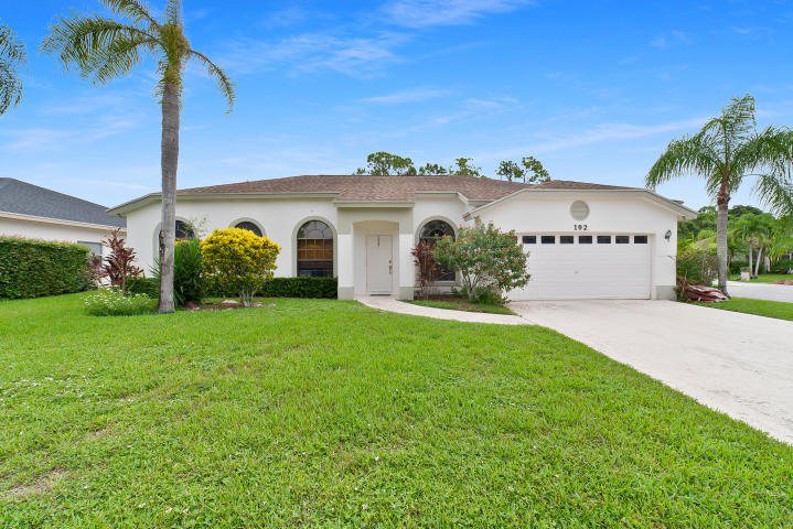 192 Gulfstream Circle Royal Palm Beach, FL 33411