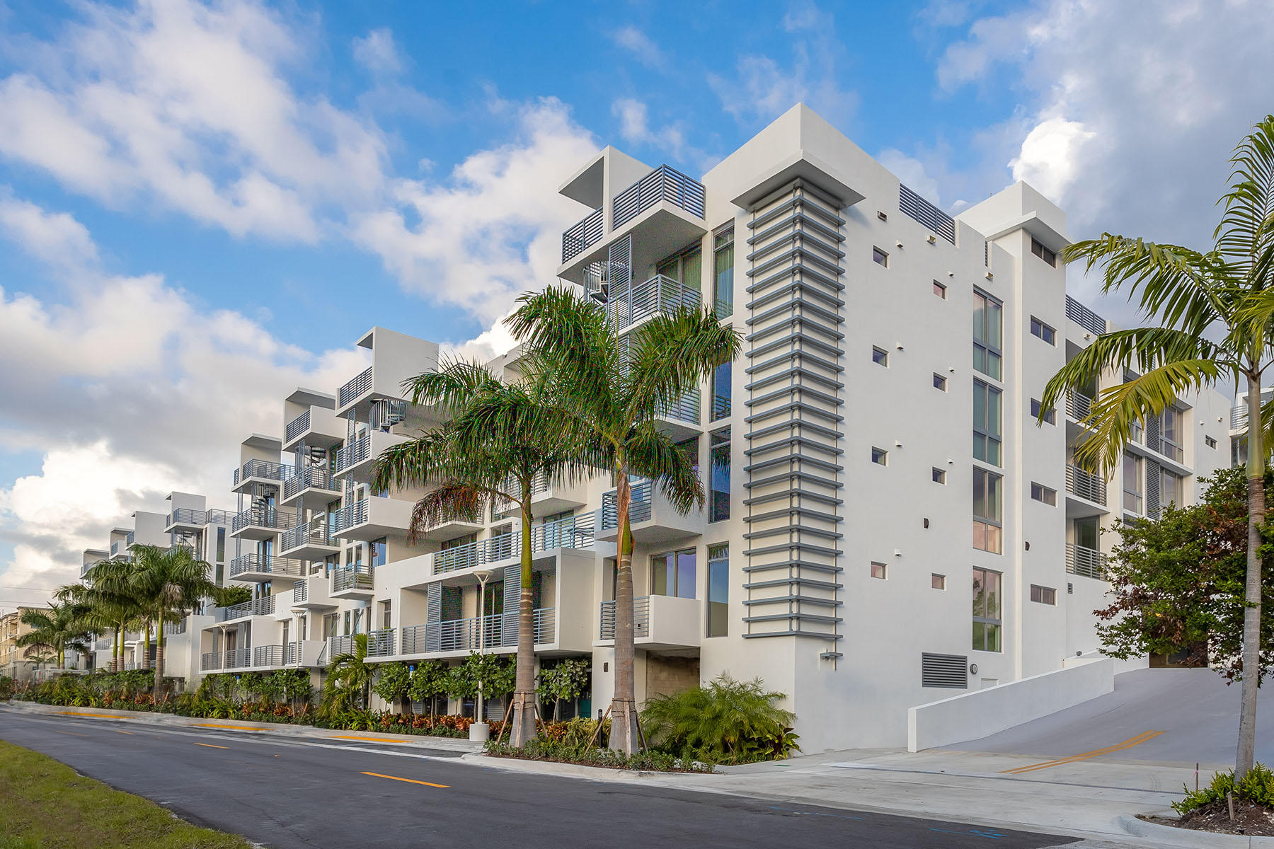 Photo of 111 SE 1st Avenue #402, Delray Beach, FL 33444