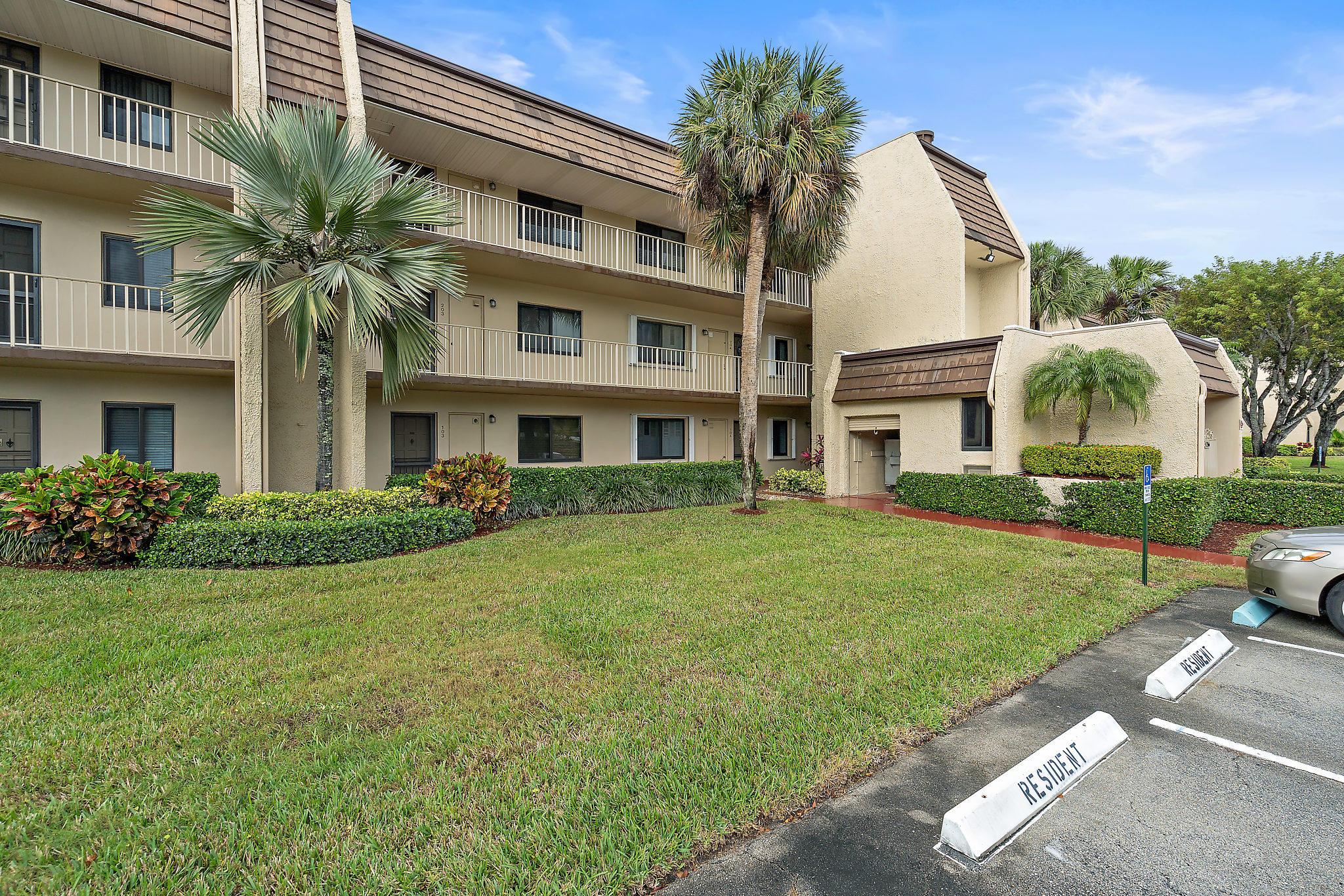 4266 Deste Court 304 Lake Worth, FL 33467 photo 22