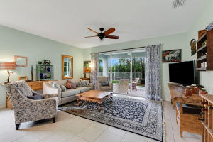 Property for sale at 2374 Country Golf Drive, Wellington,  Florida 33414