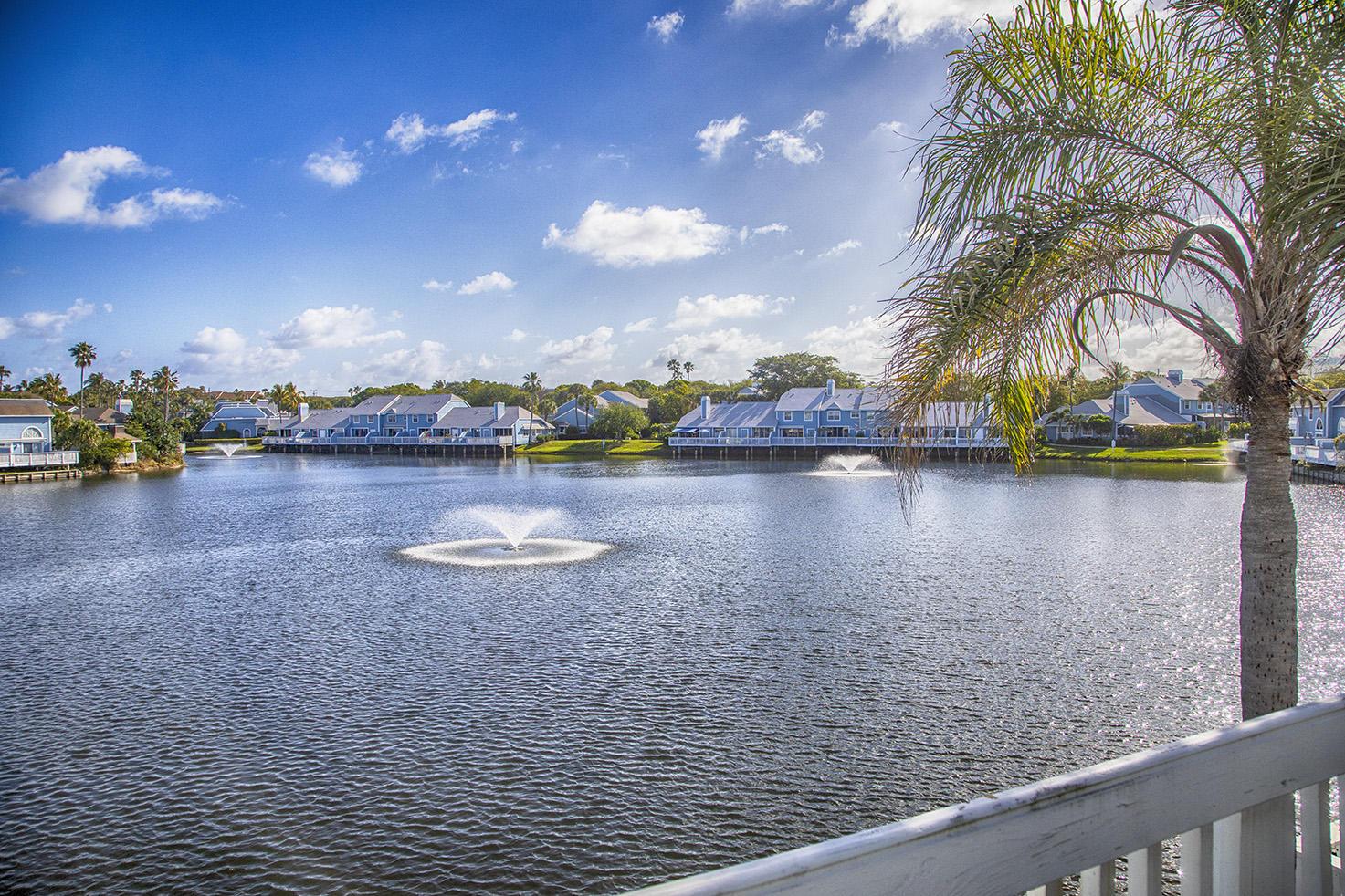 Home for sale in villas of ocean dunes 4 Jupiter Florida