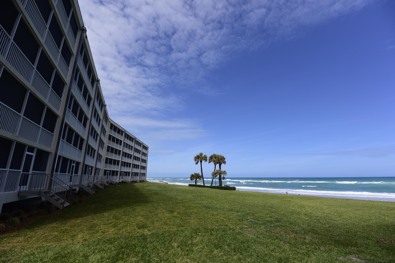 250 Beach Road 402, Tequesta, Florida 33469, 2 Bedrooms Bedrooms, ,2.2 BathroomsBathrooms,A,Condominium,Beach,RX-10608757