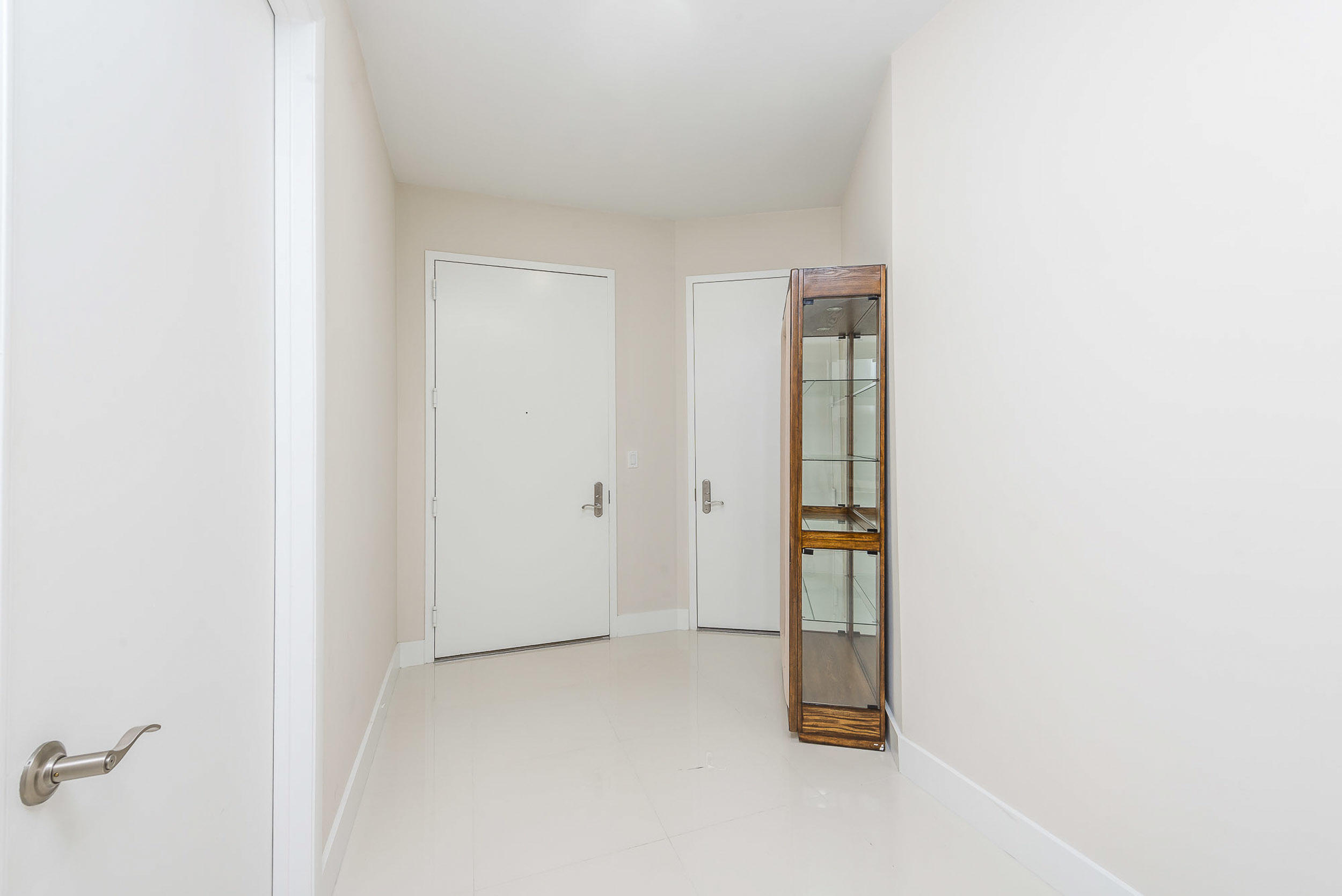 Photo of 15901 Collins Avenue #3403 listing for Sale