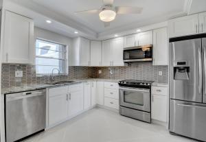 3040  Lake Shore Drive #Ph4 For Sale 10608885, FL