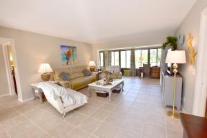 4275 B  Quail Ridge Drive Sandpiper For Sale 10504300, FL
