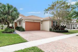 9623  Phipps Lane  For Sale 10609024, FL