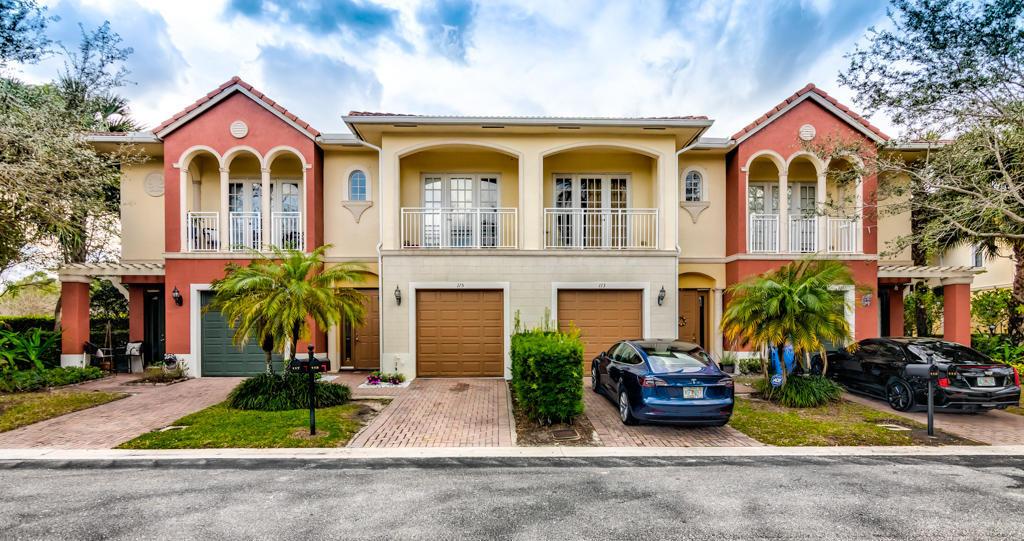 115 Bella Vita Drive Royal Palm Beach, FL 33411