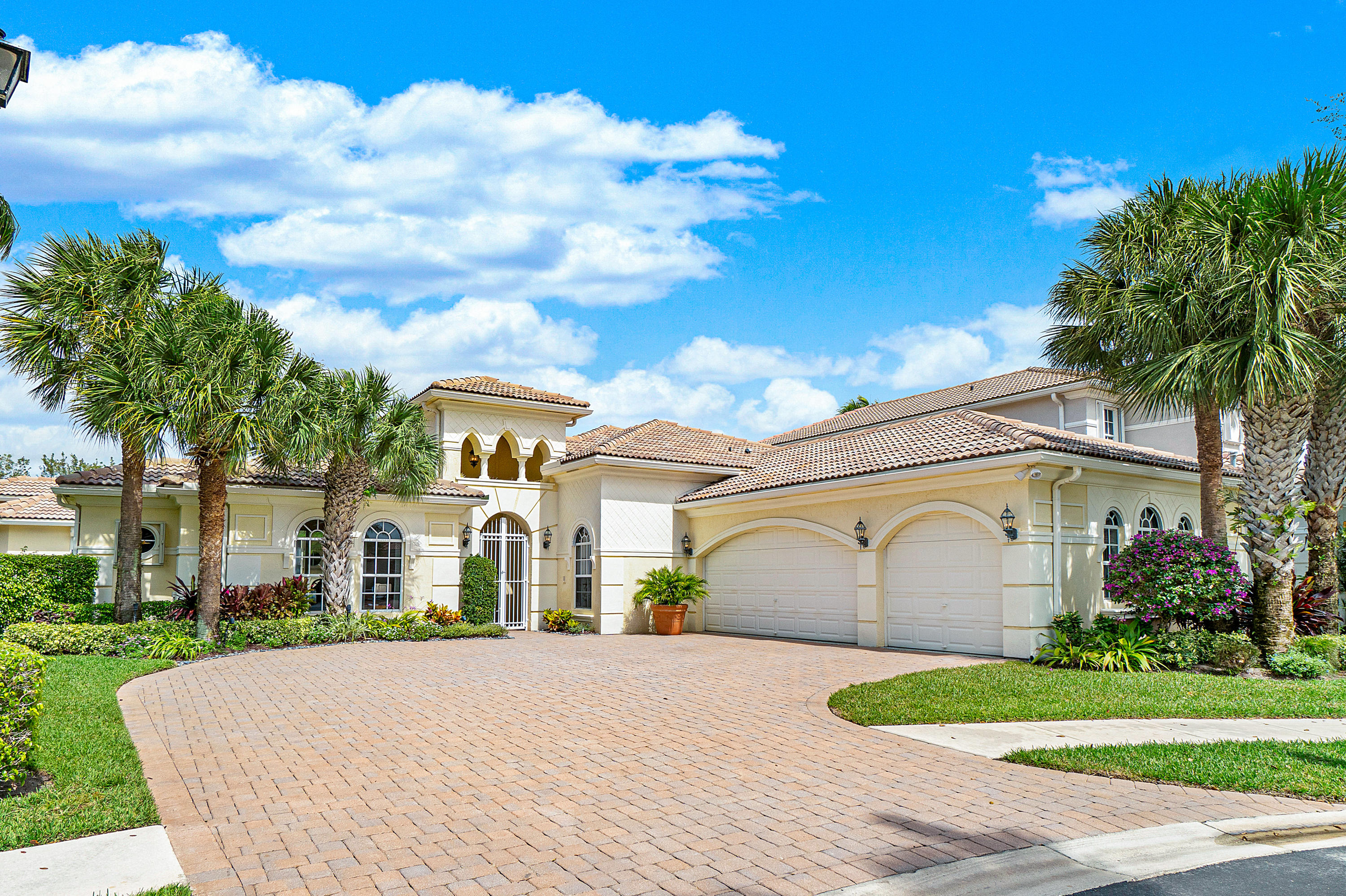 6453 Polo Pointe Way  Delray Beach, FL 33484