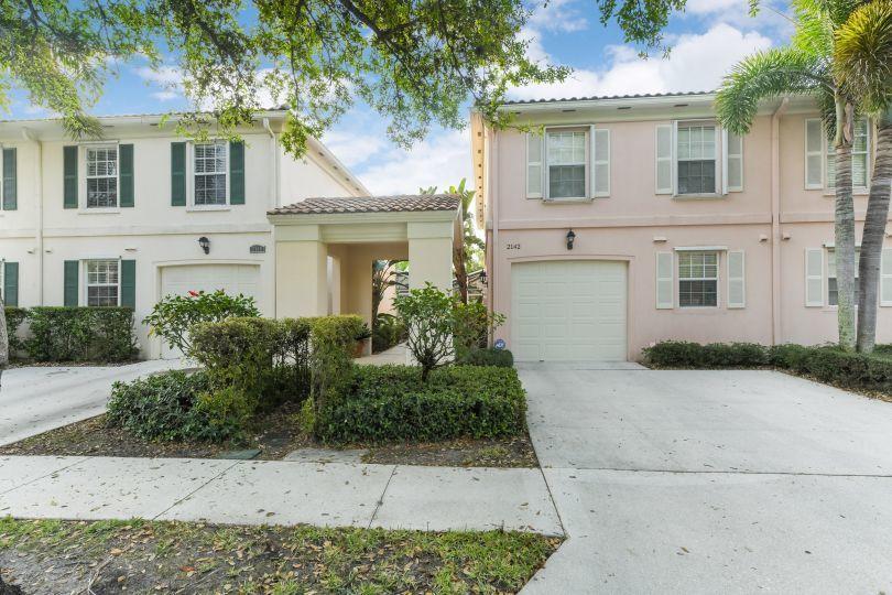 2142 Telogia Court West Palm Beach, FL 33411 photo 1