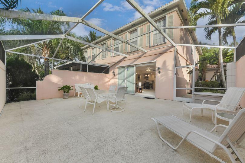 2142 Telogia Court West Palm Beach, FL 33411 photo 3