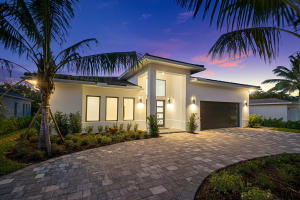 303 NW 18th Street  For Sale 10599320, FL