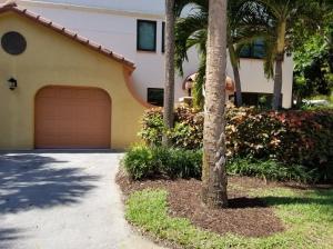 75  Uno Lago Drive  For Sale 10609412, FL