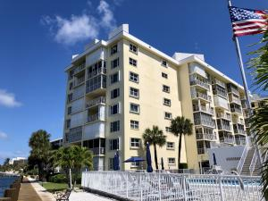 3114 S Ocean Boulevard 405 For Sale 10609475, FL