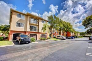 4163 N Haverhill Road 1222 For Sale 10609719, FL