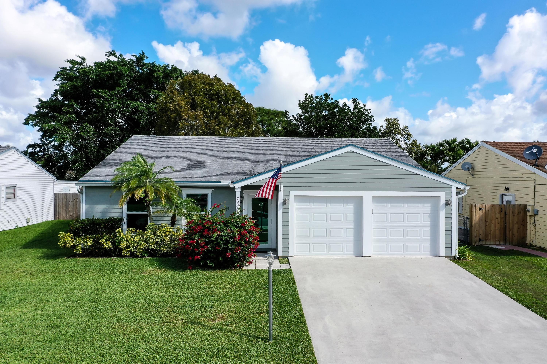 7935 Burlwood Lane Lake Worth, FL 33467