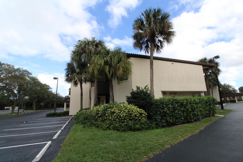 Home for sale in GARDENS MEDICAL PARK CONDO Palm Beach Gardens Florida