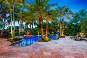 15561  Ocean Breeze Lane  For Sale 10513330, FL