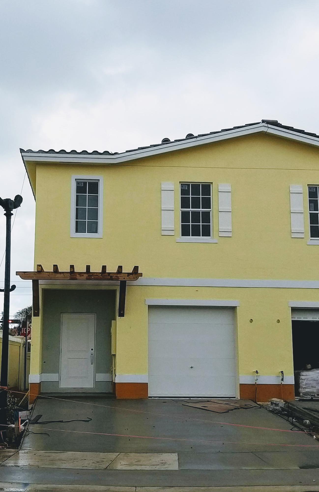 Photo of 1110 NW 40th Terrace, Lauderhill, FL 33313