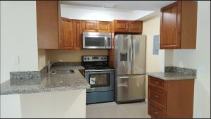 724  Executive Center Drive 32 For Sale 10612790, FL