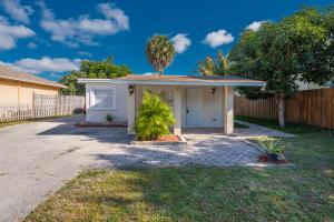 2803  Saranac Avenue  For Sale 10610982, FL