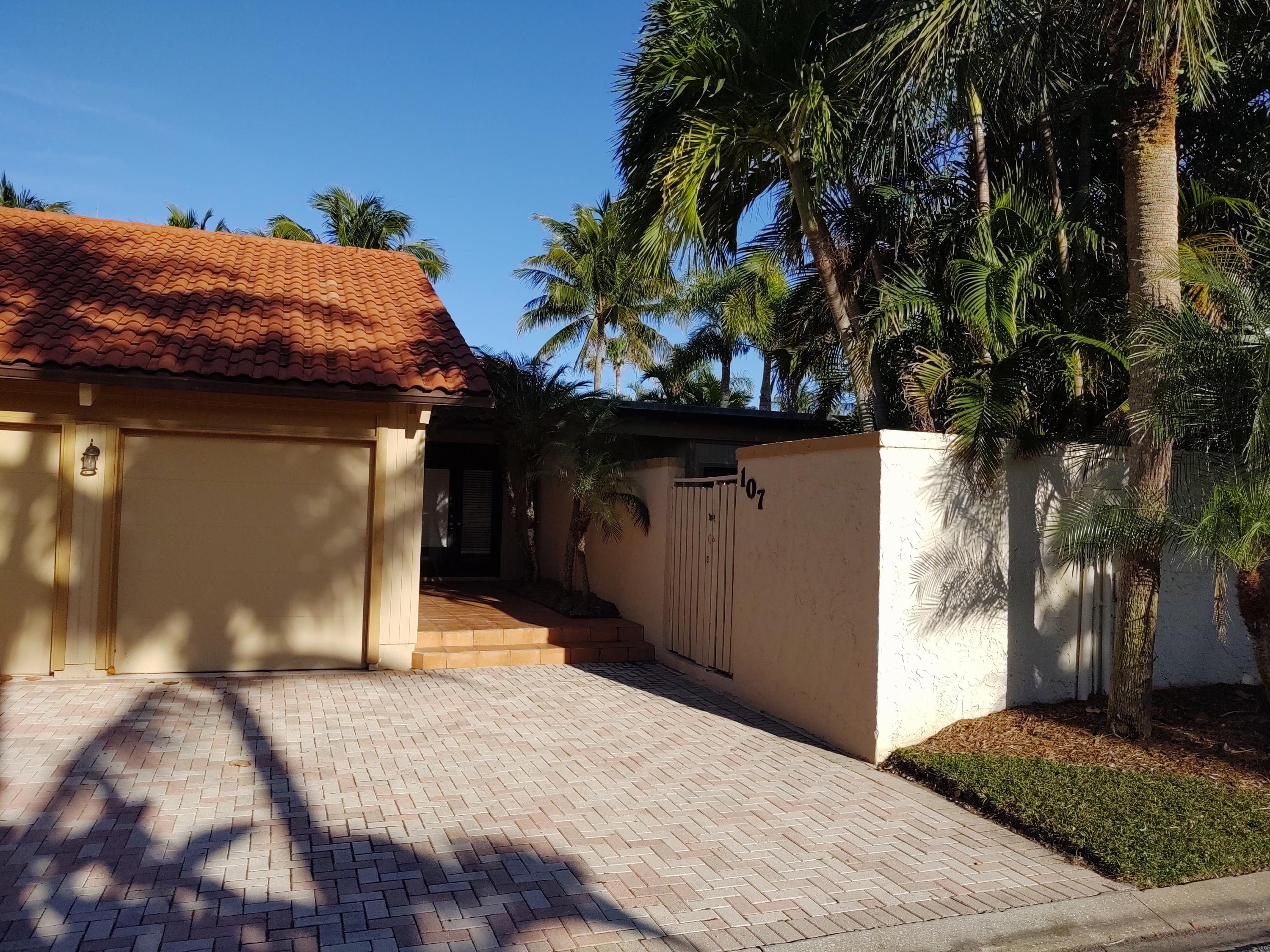 Home for sale in ocean walk place phase ii Jupiter Florida