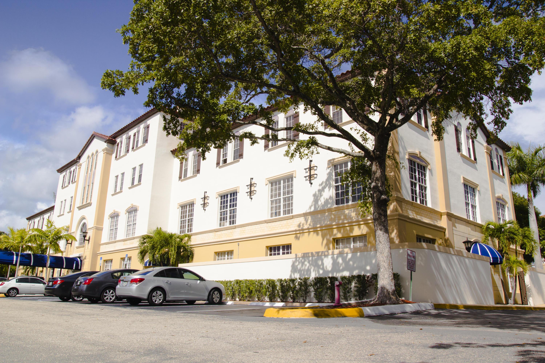 Home for sale in BOCA PLAZASuite 114 Boca Raton Florida
