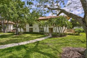 443  Brackenwood Lane  For Sale 10611113, FL