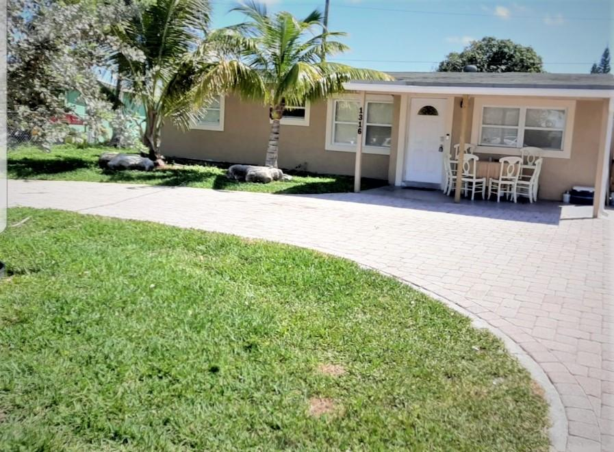 1316 NE 25th Court, Pompano Beach, Florida 33064, 4 Bedrooms Bedrooms, ,2 BathroomsBathrooms,Single family detached,For sale,25th,RX-10610640