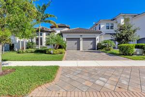 9077  Moriset Court  For Sale 10610648, FL