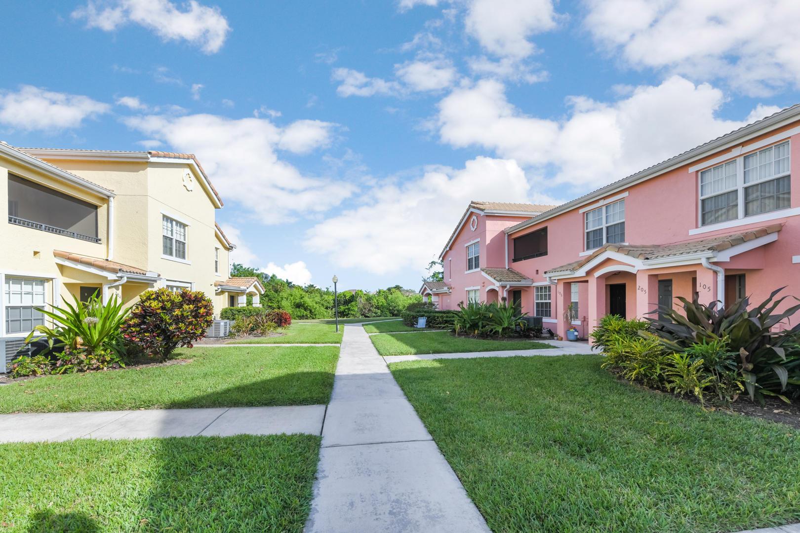 132 SW Peacock Boulevard 17205 Port Saint Lucie, FL 34986 photo 2