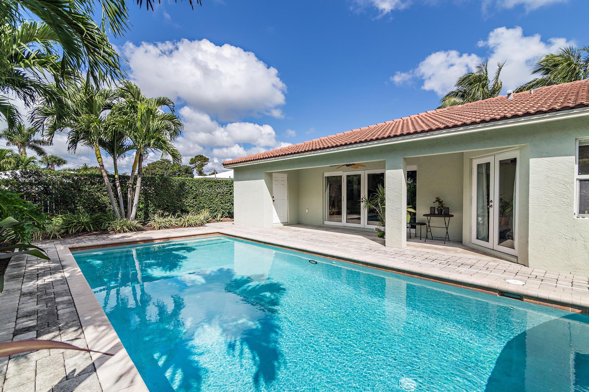 344 Alhambra Place West Palm Beach, FL 33405 photo 29