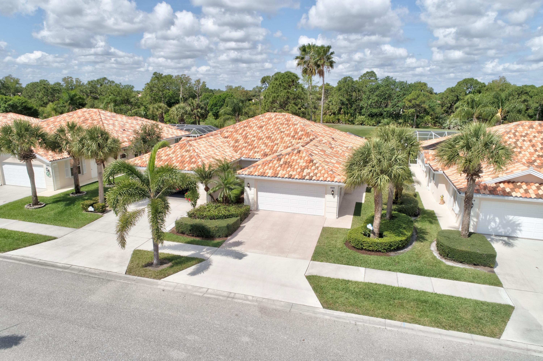 8320 Double Tree Drive, Hobe Sound, Florida 33455, 2 Bedrooms Bedrooms, ,2 BathroomsBathrooms,A,Single family,Double Tree,RX-10610993